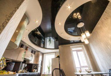 черный глянец многоуровневый потолок