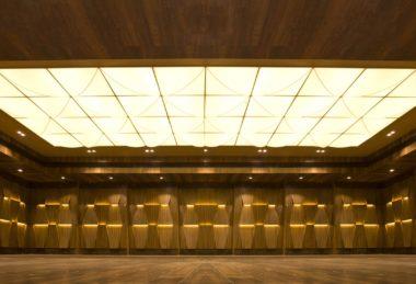 потолок подсветка натяжной
