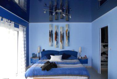 темно-синий спальня потолок