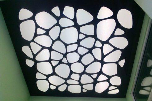 бело-черный потолок apply глянец