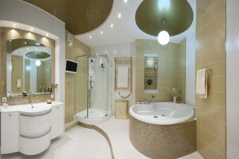 золотой глянец ванная потолок