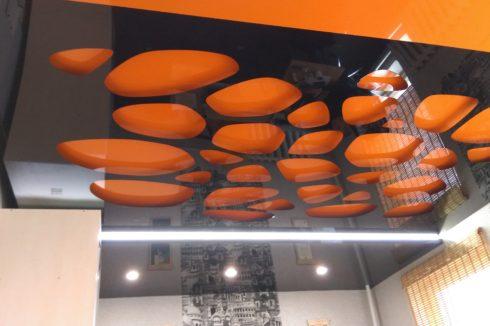 оранжевый черный глянец потолок apply