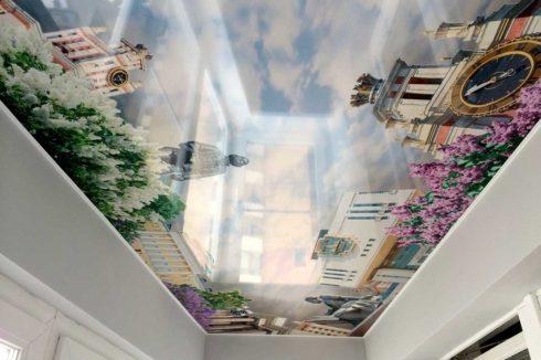 потолок с городом