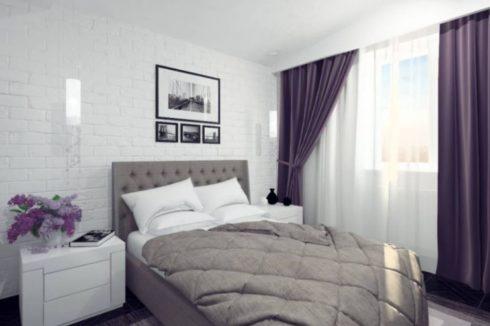 Комната с белым и фиолетовым цветом