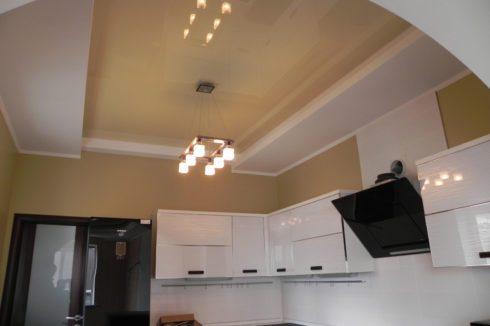 песочный потолок на кухне