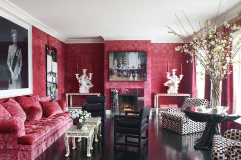комната белая с красным