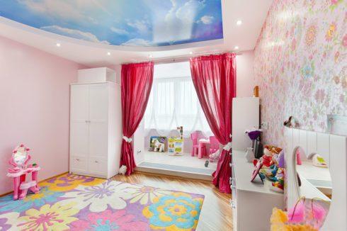 Розовая комната для ребенка