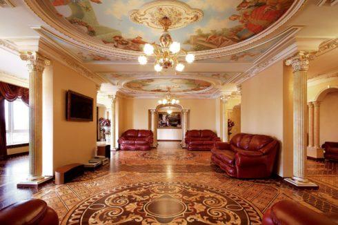круглый потолок с фреской