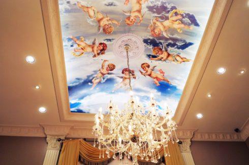 потолок с фотопечатью фреска