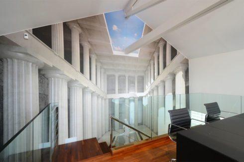 стена с фотопечатью архитектуры