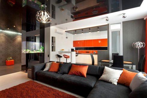 глянцевый черный потолок в квартире