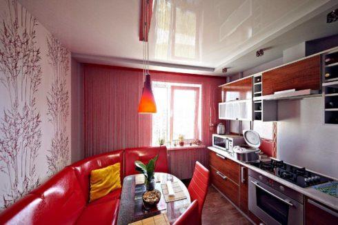 белый глянцевый на кухне