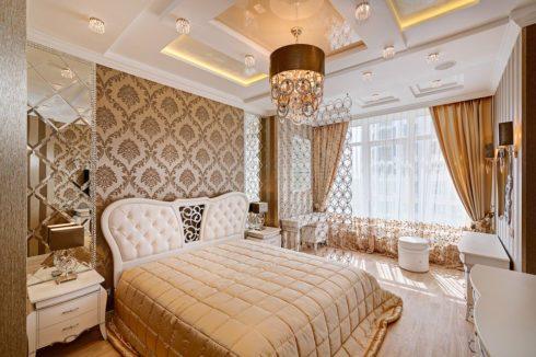 потолок многоуровневый белый и золотой