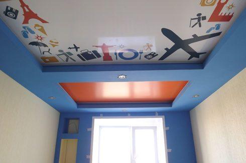 потолок в туристическом стиле