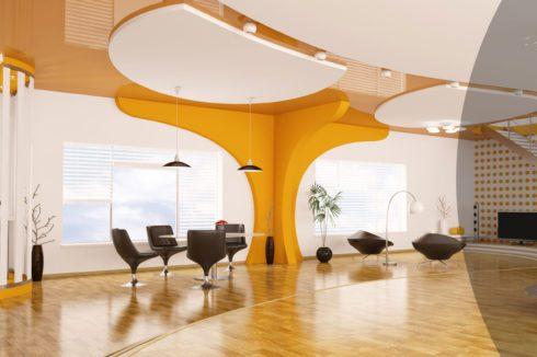 многоуровневый потолок в здании