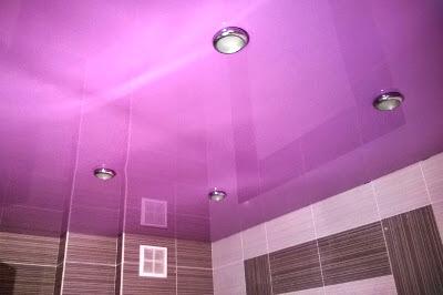 Фиолетовый потолок: фото