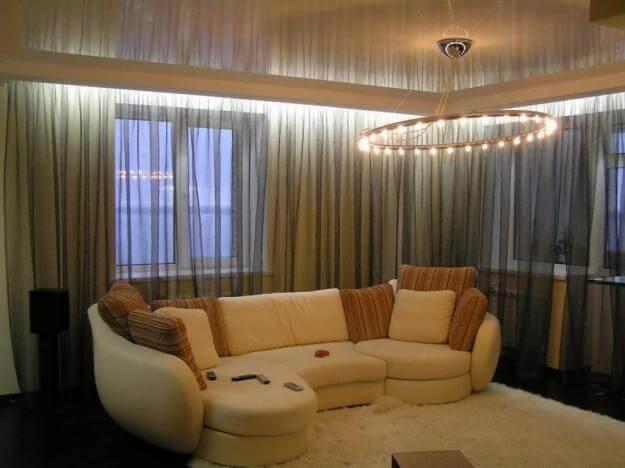Важность освещения в натяжных потолках: фото
